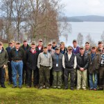 Årets SM-domare med sjön Mäsen i bakgrunden. Foto Eva von Celsing